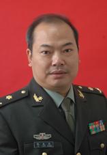 倪龙兴教授